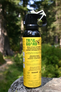 Bear_attack_deterrent_spray